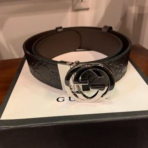 Other - Reversible Gucci belt
